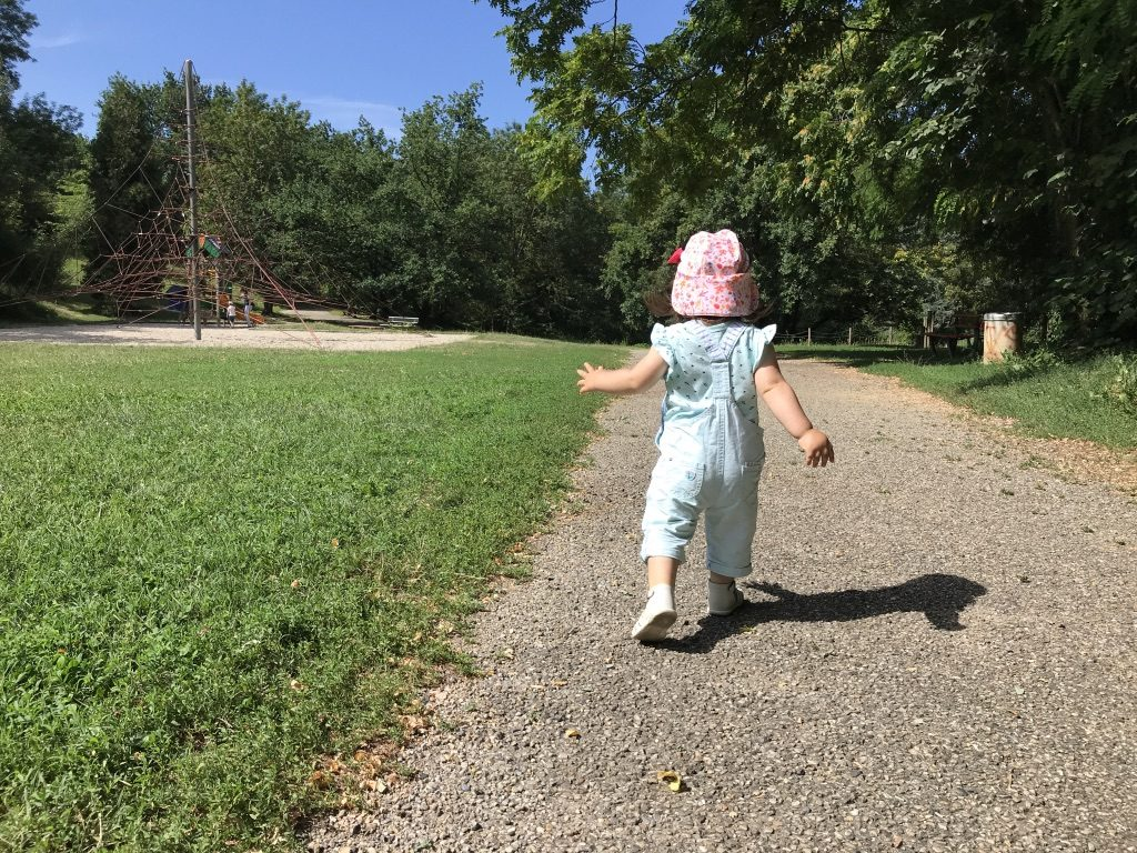 partir se balader dans la nature en famille