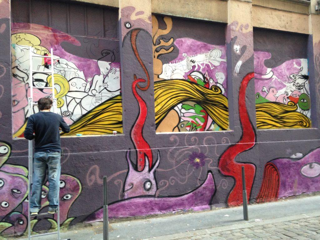 redécouvrir sa ville et casser la routine, comme avec ce street art à Lyon