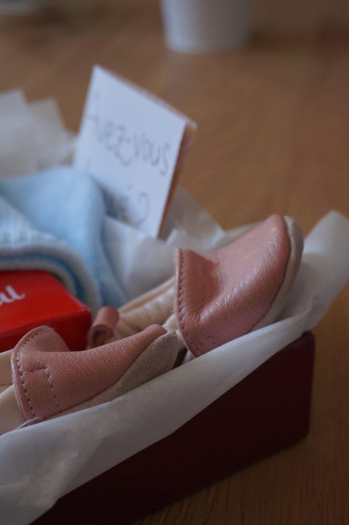 petits chaussons de bébé