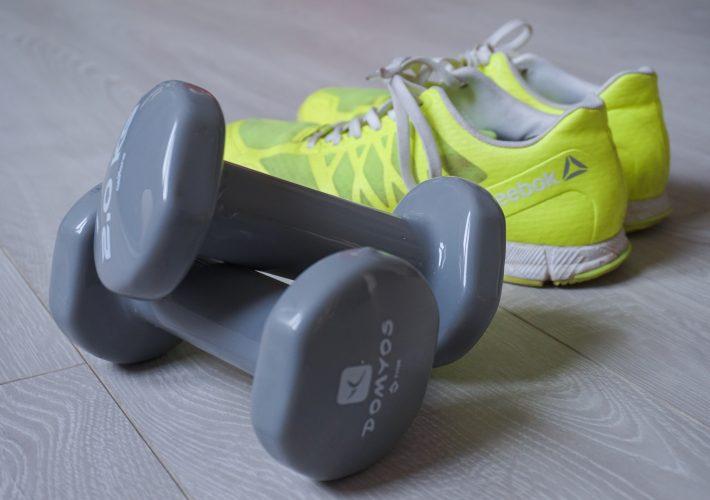Une séance de sport en vidéo spécial renforcement musculaire du haut du corps, pour un bon gainage